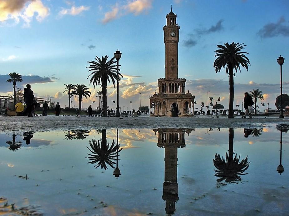 İzmir Güzeli